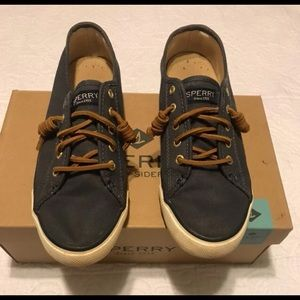 Sperry top sider navy shoes sz7.5
